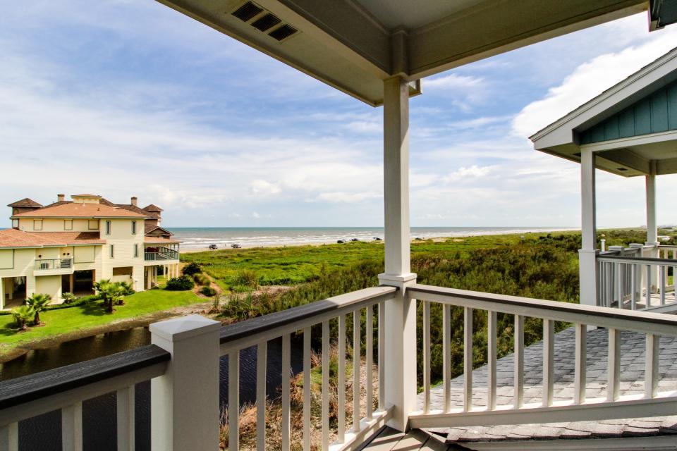 The Swashbuckler - Galveston Vacation Rental - Photo 4