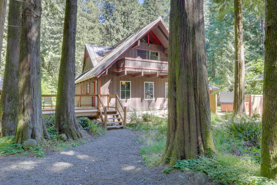 Basecamp 26 - Rhododendron Vacation Rental - Photo 29