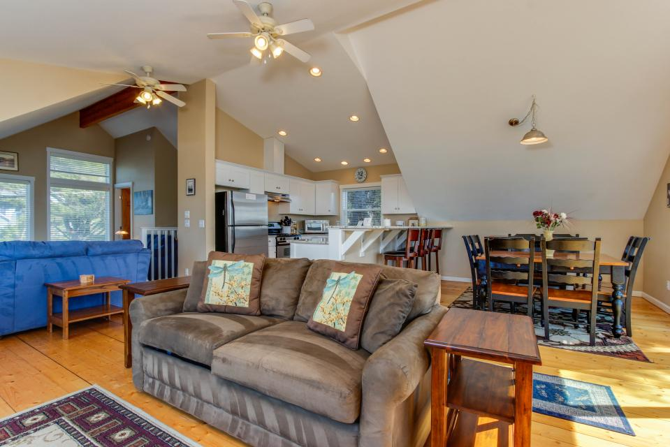SeaScape - Lincoln City Vacation Rental - Photo 4