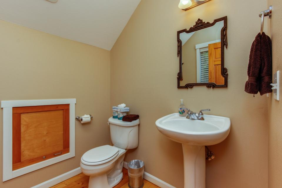 SeaScape - Lincoln City Vacation Rental - Photo 24