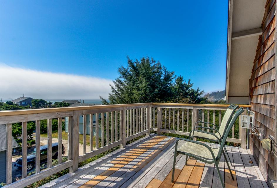 SeaScape - Lincoln City Vacation Rental - Photo 2