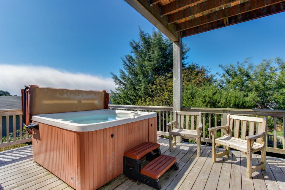 SeaScape - Lincoln City Vacation Rental - Photo 1
