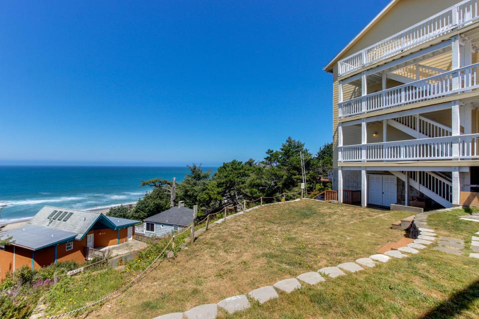 Dolphin D-1 - Lincoln City Vacation Rental - Photo 19