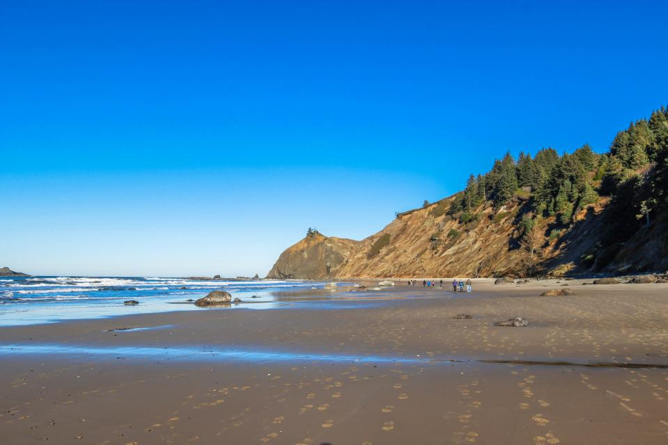 Dolphin D-1 - Lincoln City Vacation Rental - Photo 27
