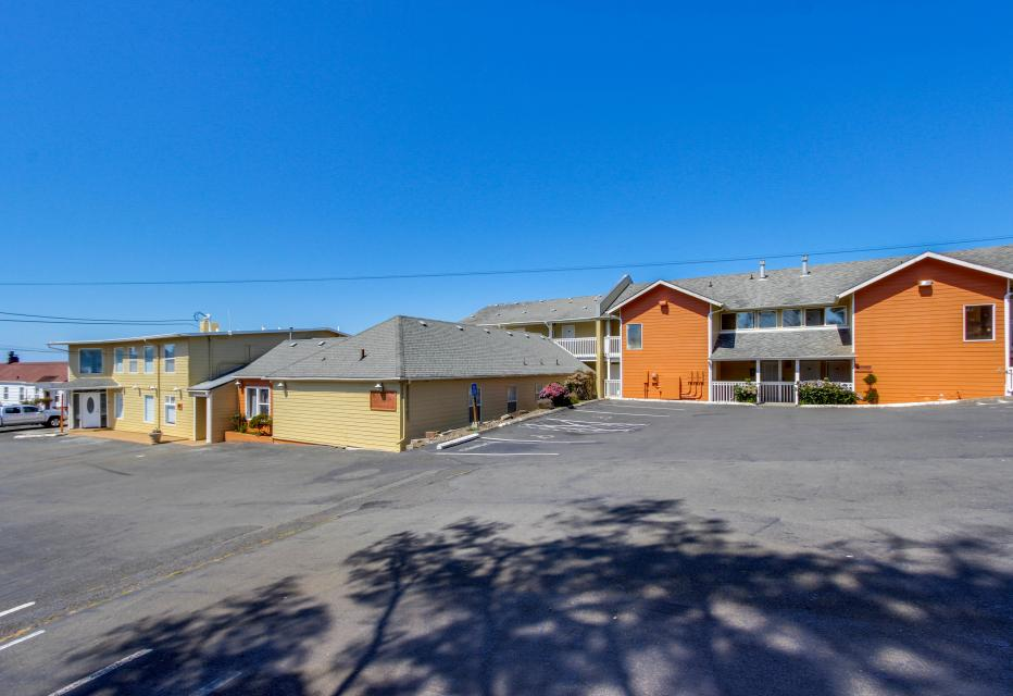 Dolphin D-3 - Lincoln City Vacation Rental - Photo 11