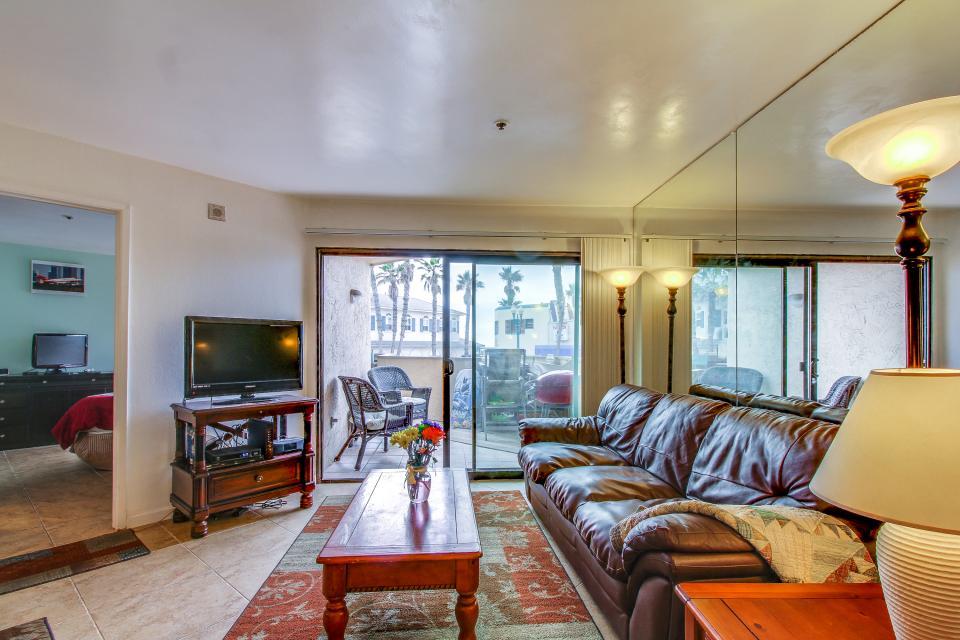 Ocean Shore Holiday - San Diego Vacation Rental - Photo 8