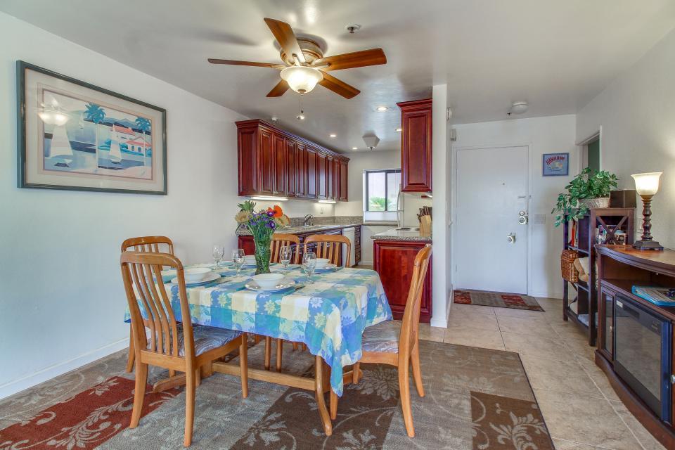 Ocean Shore Holiday - San Diego Vacation Rental - Photo 11
