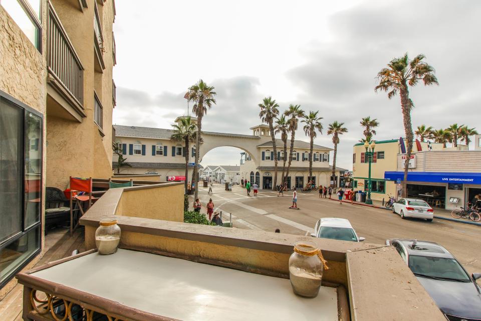 Ocean Shore Holiday - San Diego Vacation Rental - Photo 9