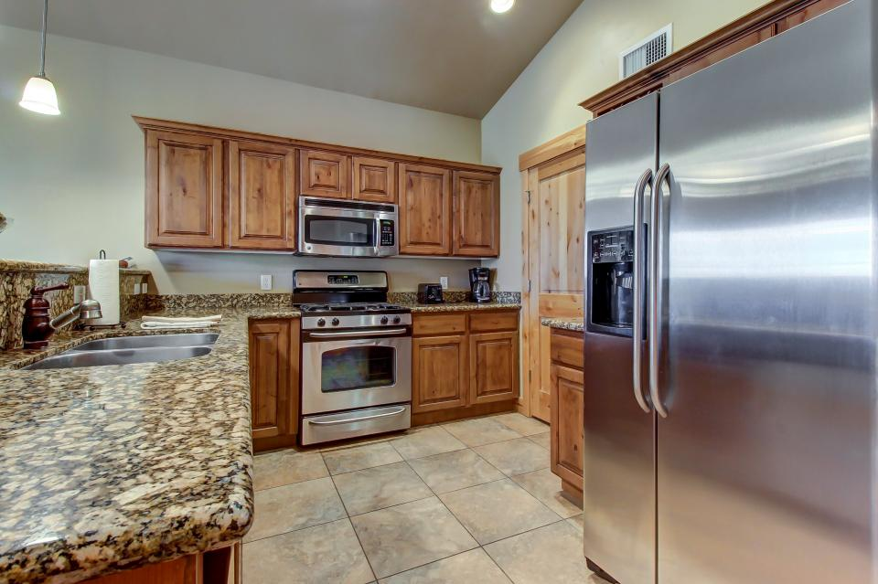 Cozy Bear Hollow Condo - Park City Vacation Rental - Photo 12