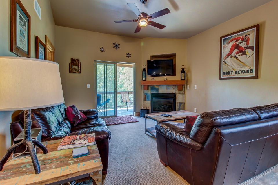Cozy Bear Hollow Condo - Park City Vacation Rental - Photo 4
