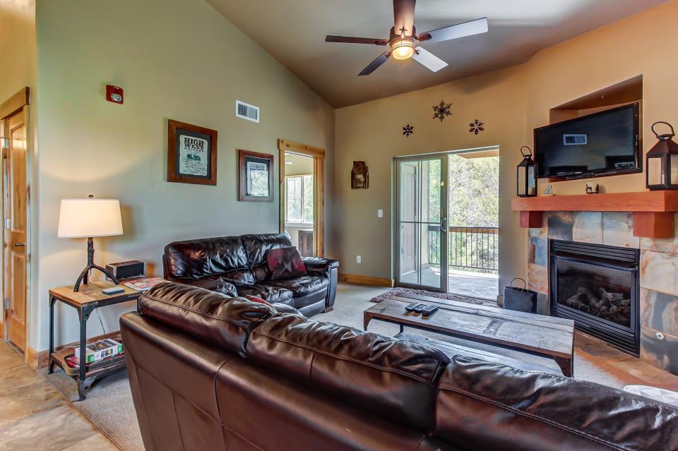 Cozy Bear Hollow Condo - Park City Vacation Rental - Photo 6