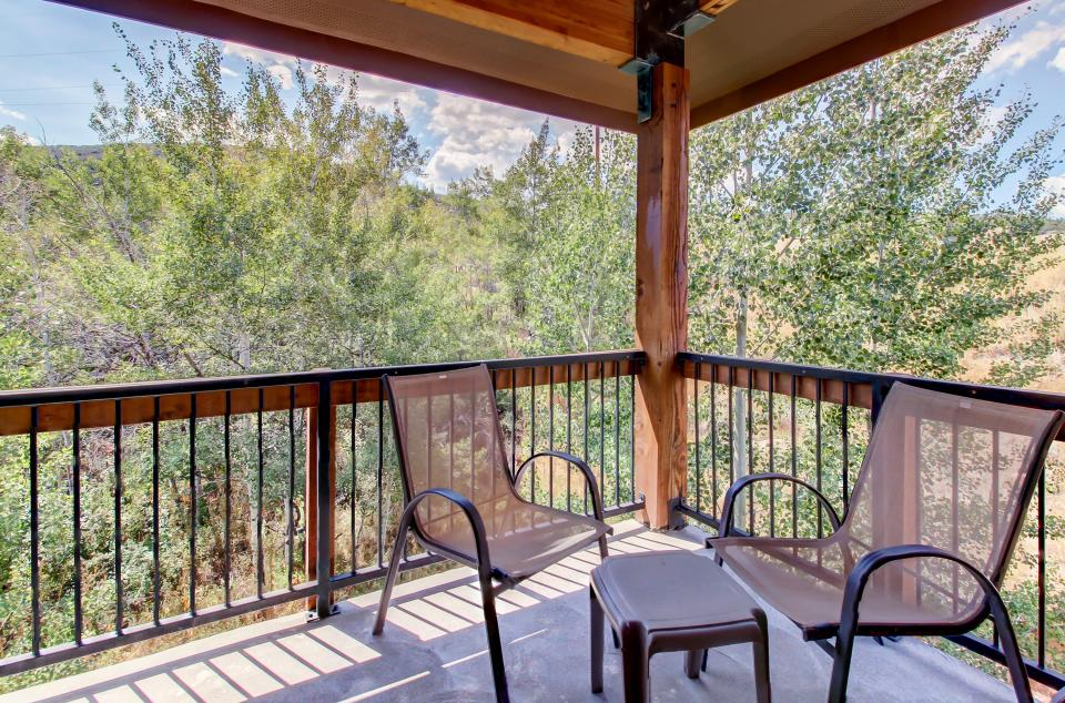 Cozy Bear Hollow Condo - Park City Vacation Rental - Photo 3