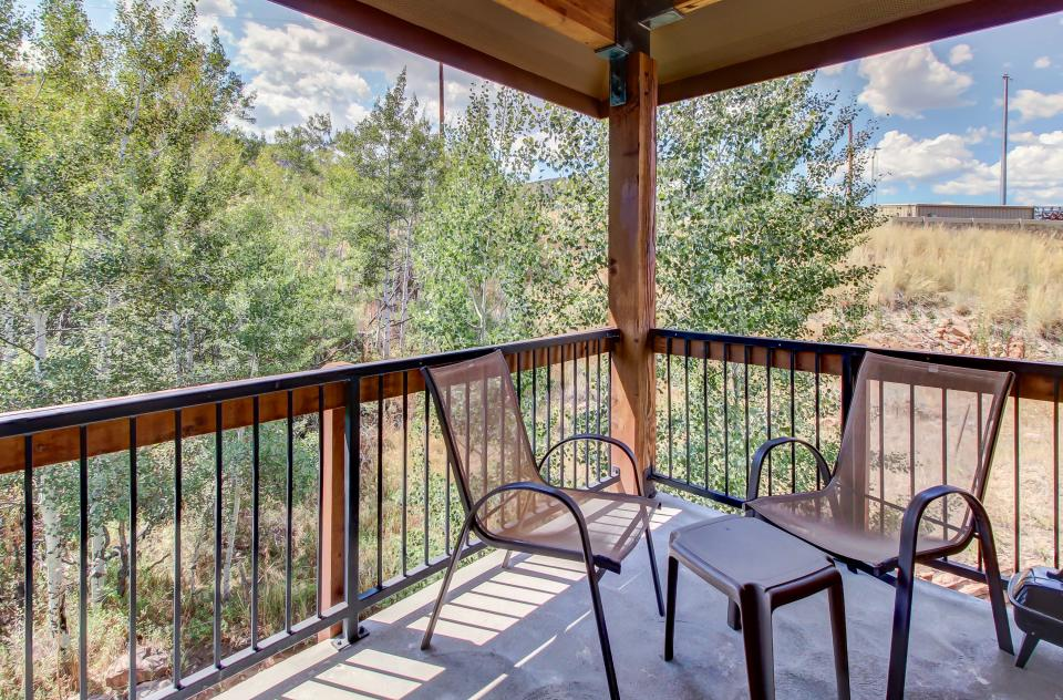 Cozy Bear Hollow Condo - Park City Vacation Rental - Photo 33