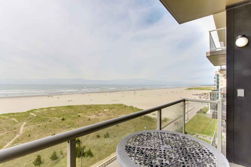 Sand & Sea: Haystack Rock (508) - Seaside Vacation Rental - Photo 14