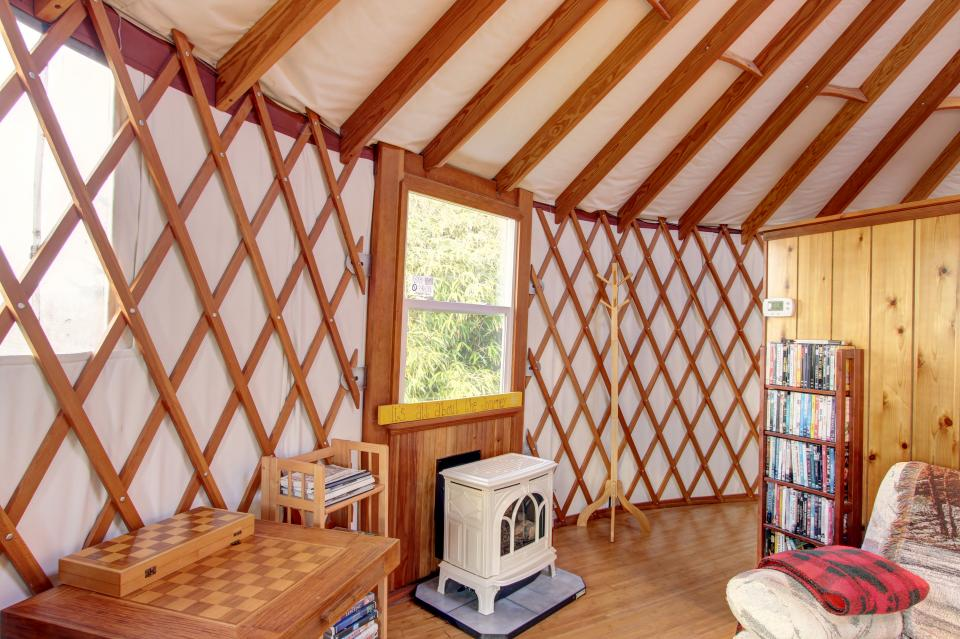 Yurt on the Bay - Bay City Vacation Rental - Photo 19