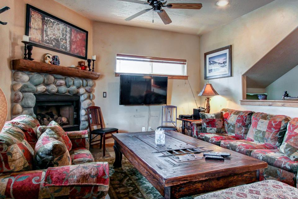Bobsled Townhome with Private Hot Tub - Park City - Take a Virtual Tour