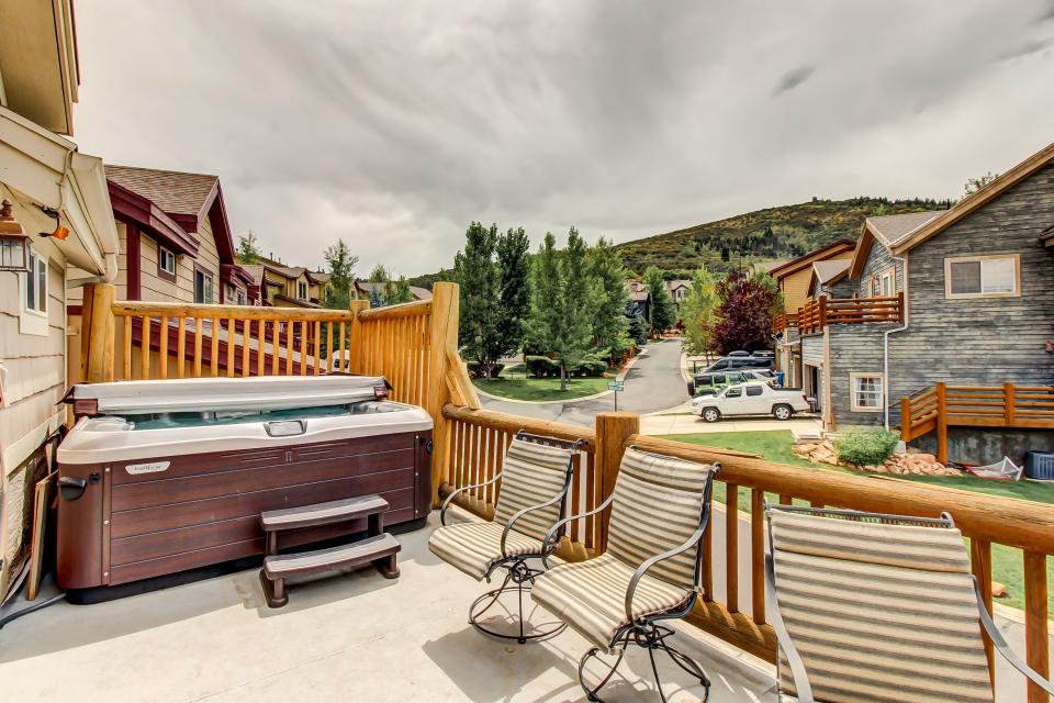 Bobsled Townhome with Private Hot Tub - Park City Vacation Rental - Photo 32