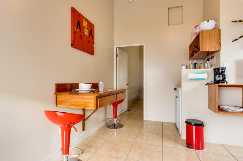Downtown Nest South - San Pedro Vacation Rental - Photo 6