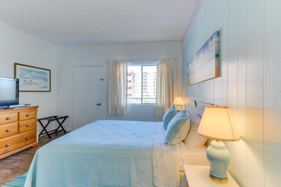 Sand & Sea: Turtle Cove (214) - Seaside Vacation Rental - Photo 21