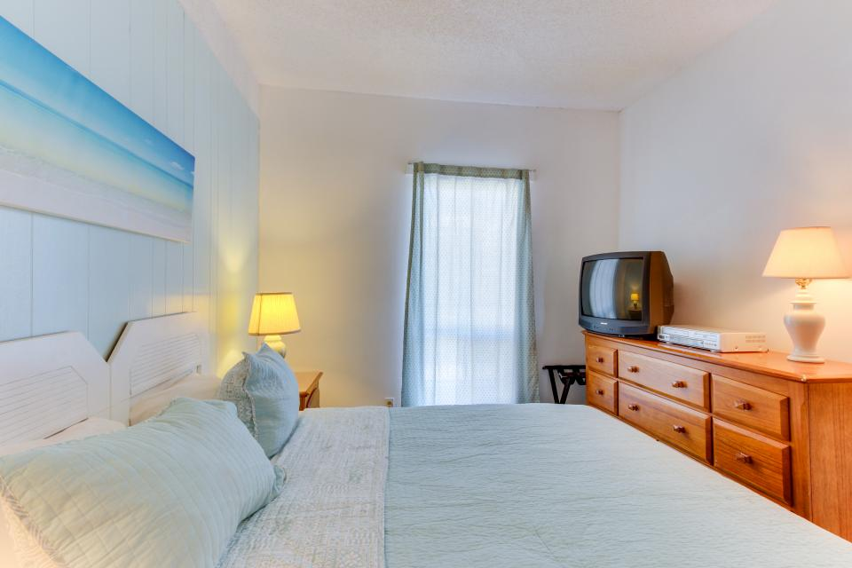 Sand & Sea: Turtle Cove (214) - Seaside Vacation Rental - Photo 26