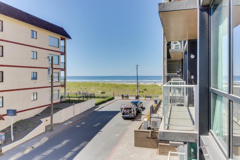 Sand & Sea: Turtle Cove (214) - Seaside Vacation Rental - Photo 18