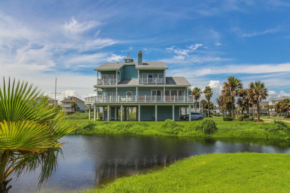 The Swashbuckler - Galveston Vacation Rental - Photo 1