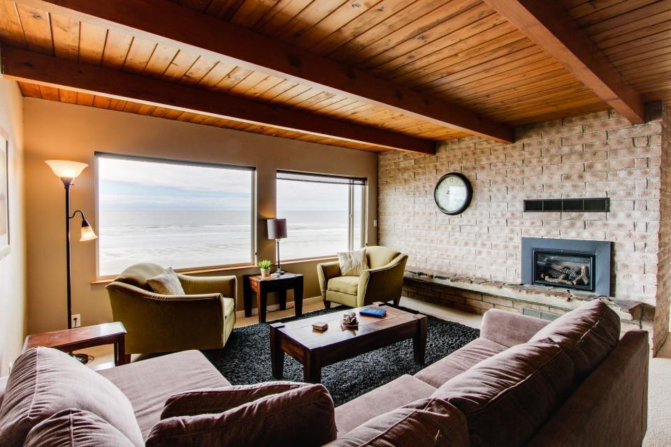 South Beach House - South Beach Vacation Rental - Photo 7