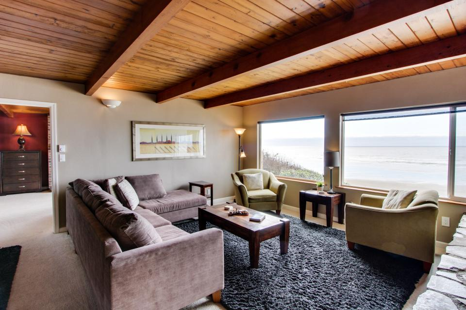 South Beach House - South Beach Vacation Rental - Photo 8