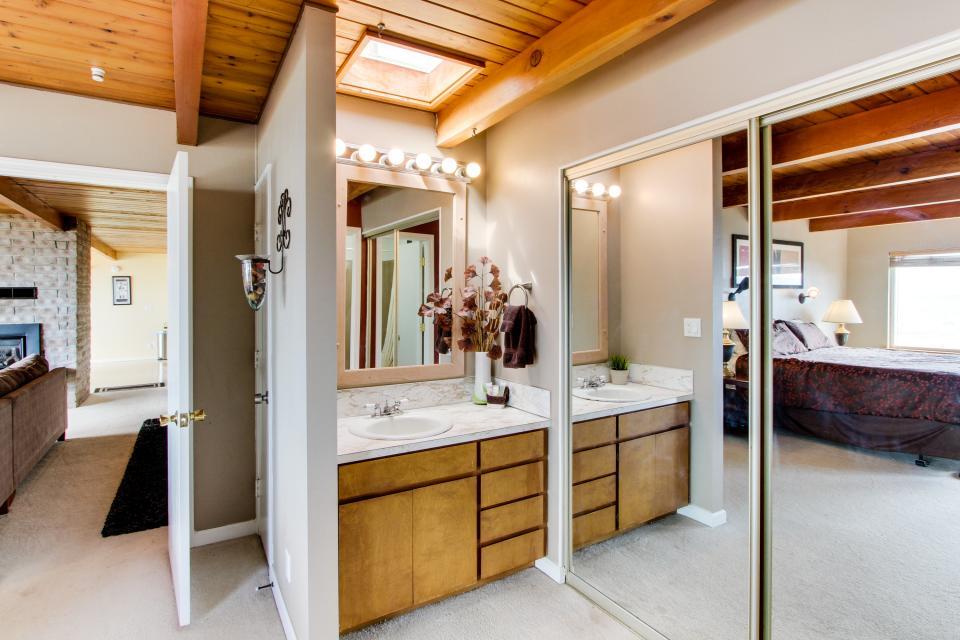 South Beach House - South Beach Vacation Rental - Photo 18