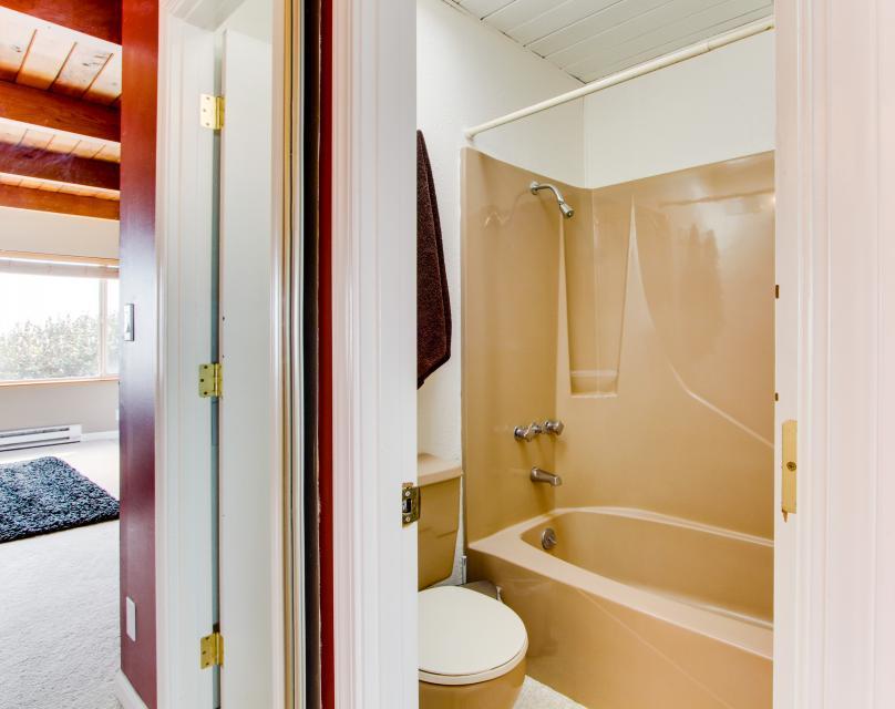 South Beach House - South Beach Vacation Rental - Photo 19