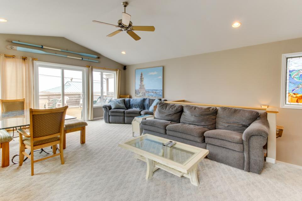 Pacific Ave, Park Place & Boardwalk - Rockaway Beach Vacation Rental - Photo 29