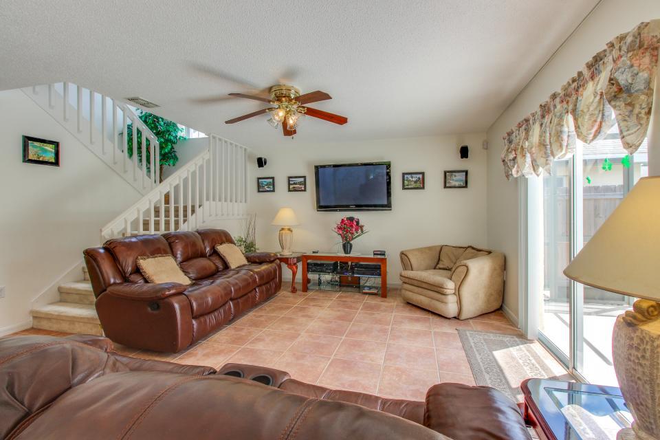 Welcoming Palms - Davenport Vacation Rental - Photo 7