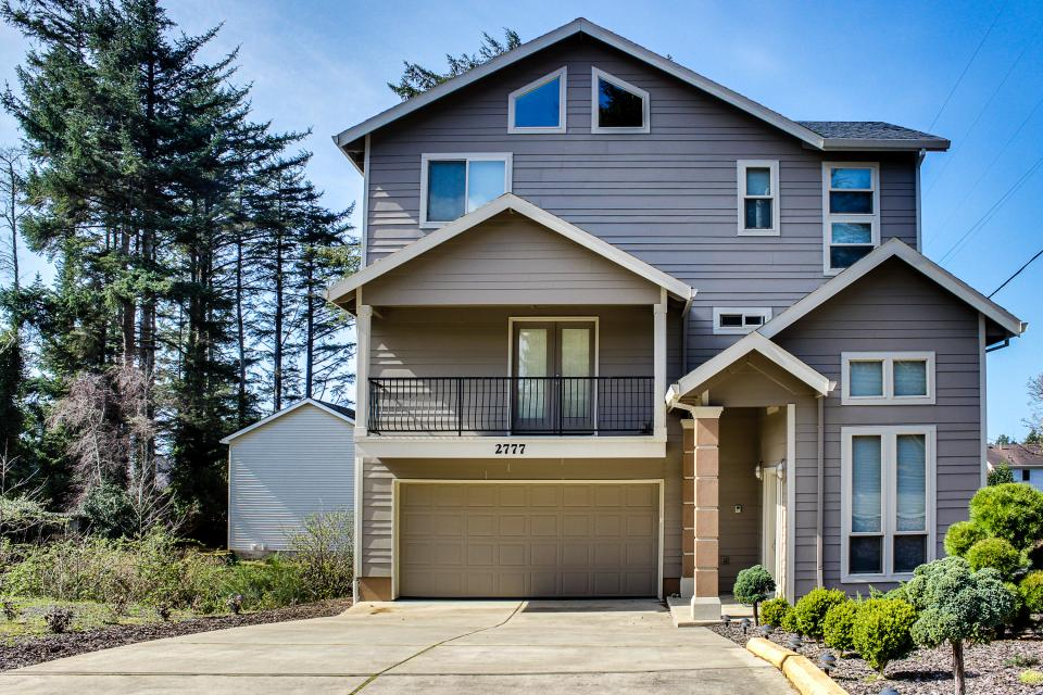 Helamans House - Lincoln City Vacation Rental - Photo 1