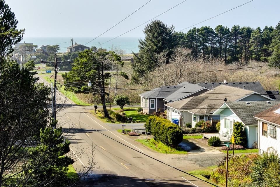 Helamans House - Lincoln City Vacation Rental - Photo 14