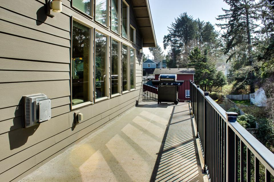 Helamans House - Lincoln City Vacation Rental - Photo 13