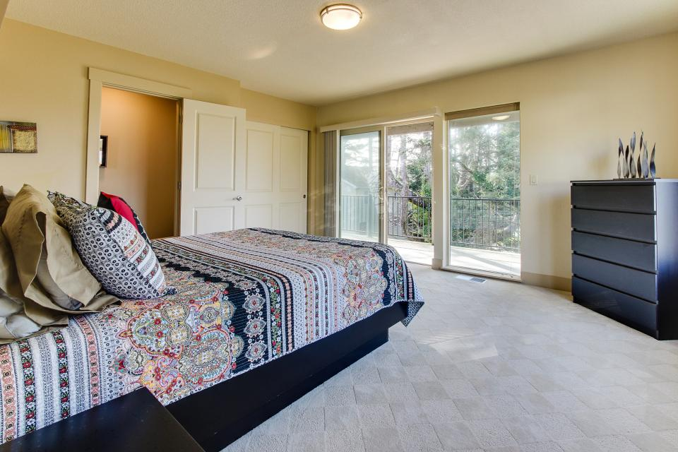 Helamans House - Lincoln City Vacation Rental - Photo 21