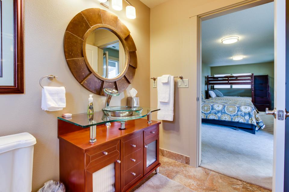Helamans House - Lincoln City Vacation Rental - Photo 25