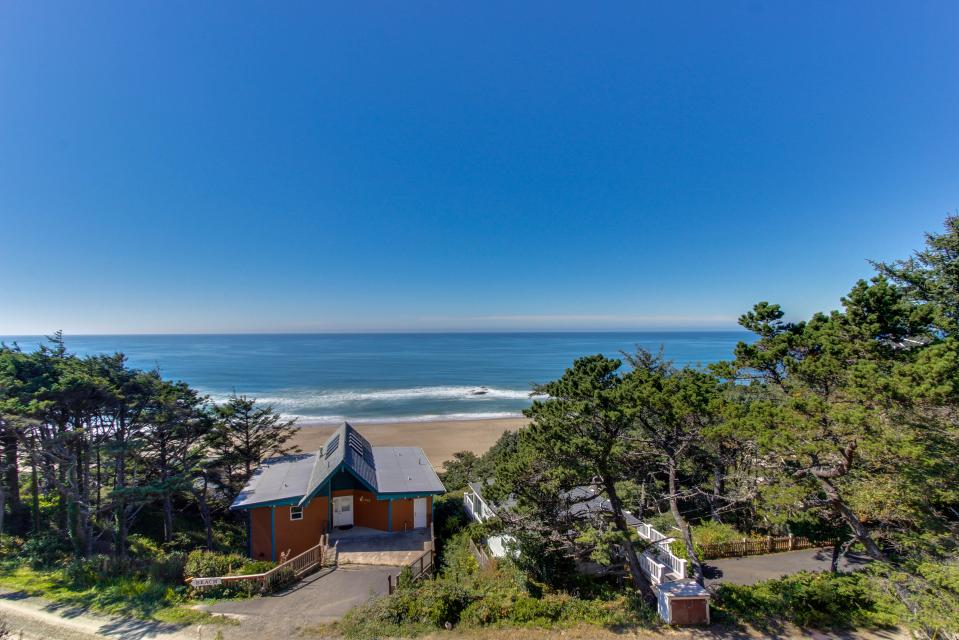 Seahorse 1-A - Lincoln City - Take a Virtual Tour