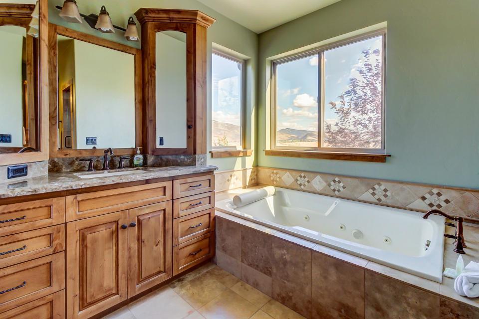 Lone Eagle Ranch - Kamas Vacation Rental - Photo 24
