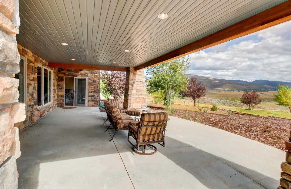 Lone Eagle Ranch - Kamas Vacation Rental - Photo 4