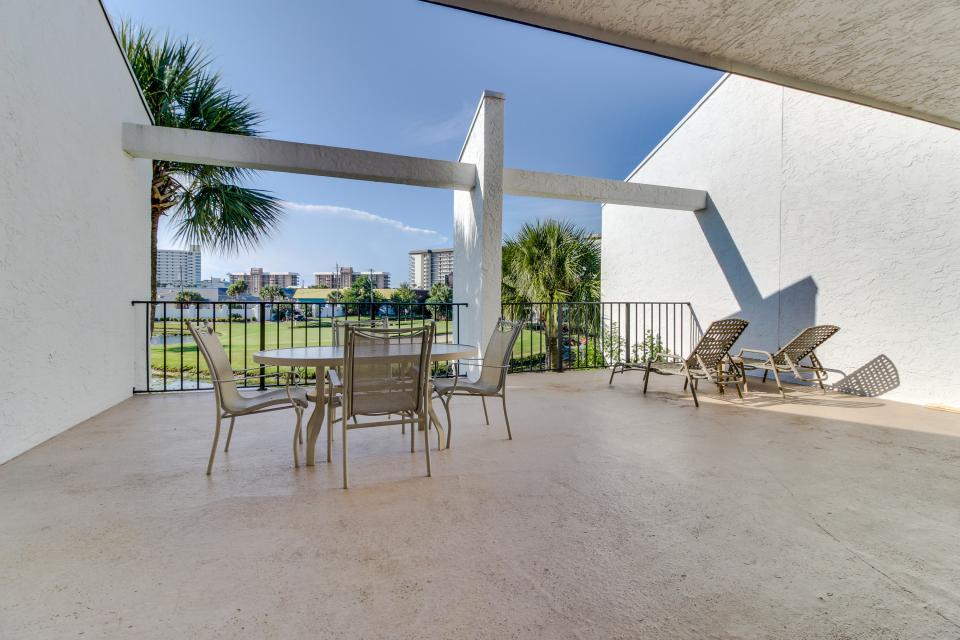 Edgewater Golf Villa 205 - Panama City Beach Vacation Rental - Photo 2