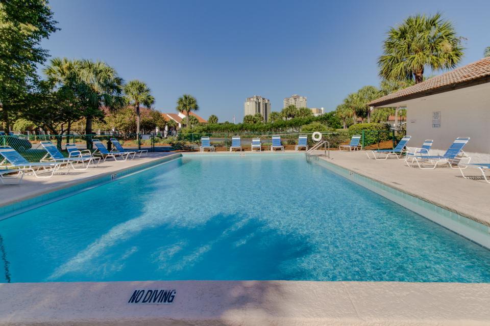 Edgewater Golf Villa 205 - Panama City Beach Vacation Rental - Photo 3