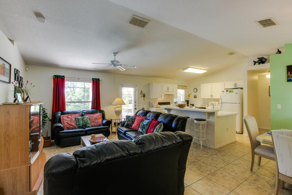 Sunshine Grove - Clermont Vacation Rental - Photo 4