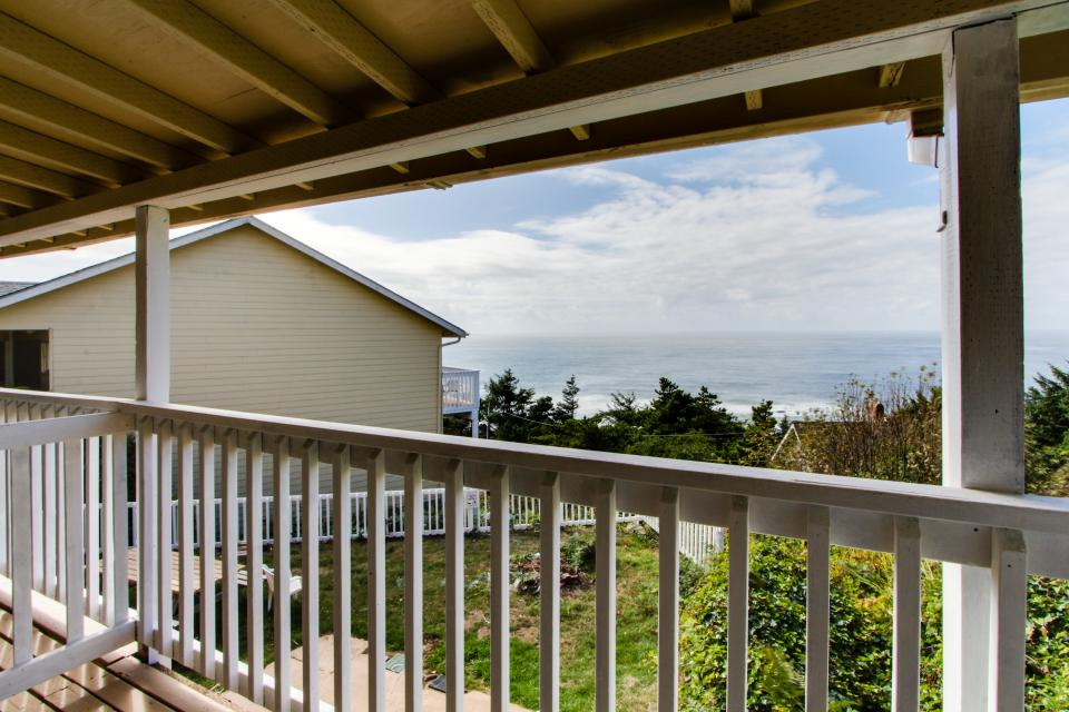 Dolphin D-1 - Lincoln City Vacation Rental - Photo 3