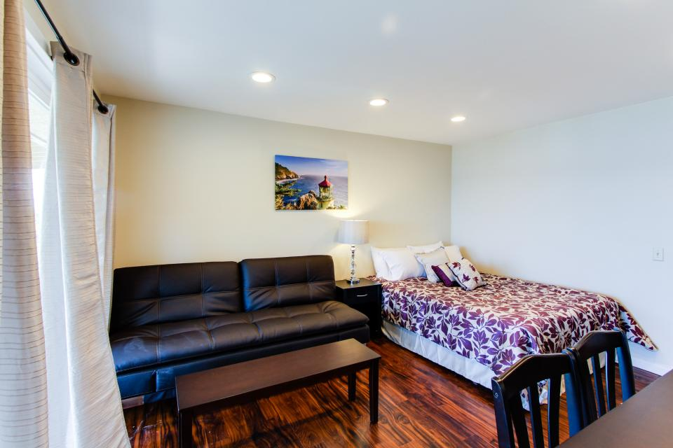 Dolphin D-3 - Lincoln City Vacation Rental - Photo 3