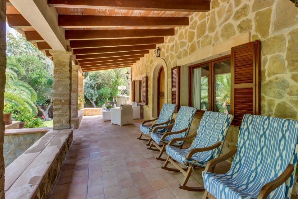 Villa Voramar - Alcudia Vacation Rental - Photo 4