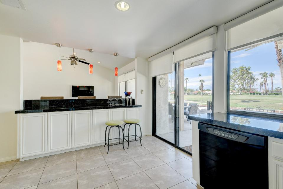 Golf Lover's Haven - Rancho Mirage Vacation Rental - Photo 4