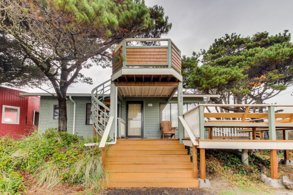 Buddy's Cottage - Rockaway Beach Vacation Rental - Photo 3