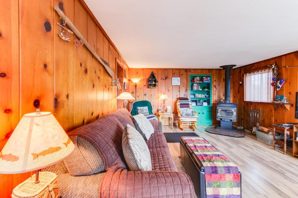 Buddy's Cottage - Rockaway Beach Vacation Rental - Photo 6