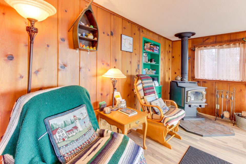Buddy's Cottage - Rockaway Beach Vacation Rental - Photo 11